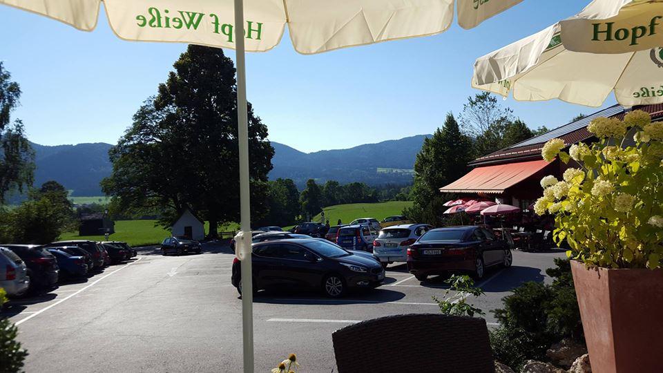 Name:  Winklstüberl Cafe   49923567_7779720959410775377_n.jpg Views: 2416 Size:  94.0 KB