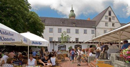 Name:  Kloster Andrechs  10_by_andechs_kloster_biergarten_roland_rossner_3_452x.jpg Views: 1810 Size:  33.9 KB