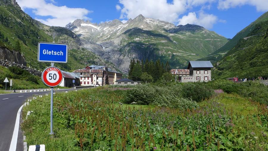 Name:  Furka Pass Gletsch P1080432.jpg Views: 1506 Size:  228.8 KB