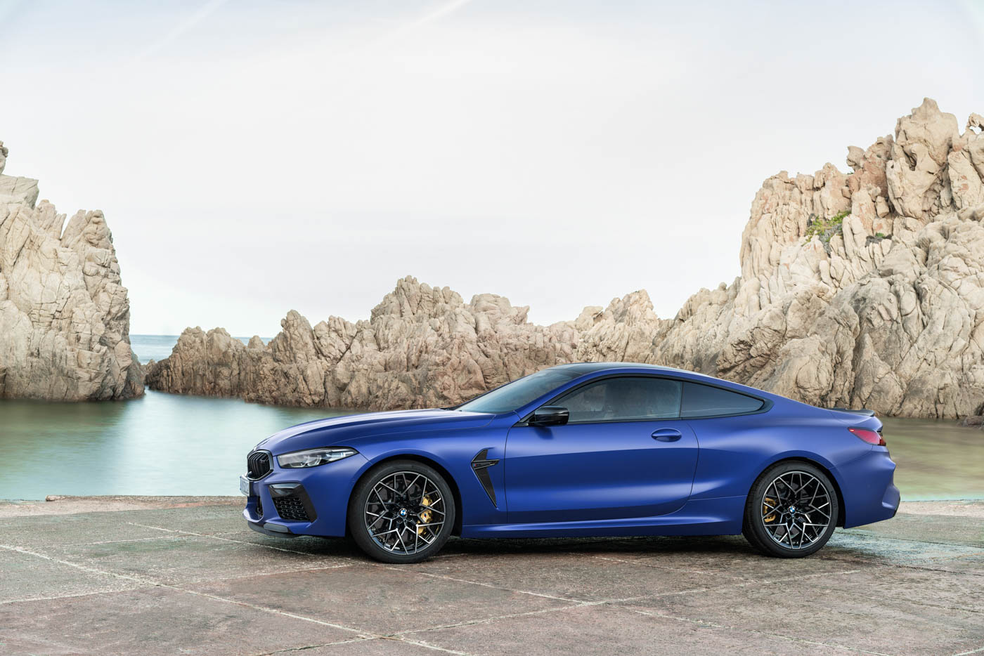 Name:  2020_BMW_M8_Competition_Coupe_European_model_shown-26.jpg Views: 23267 Size:  210.5 KB