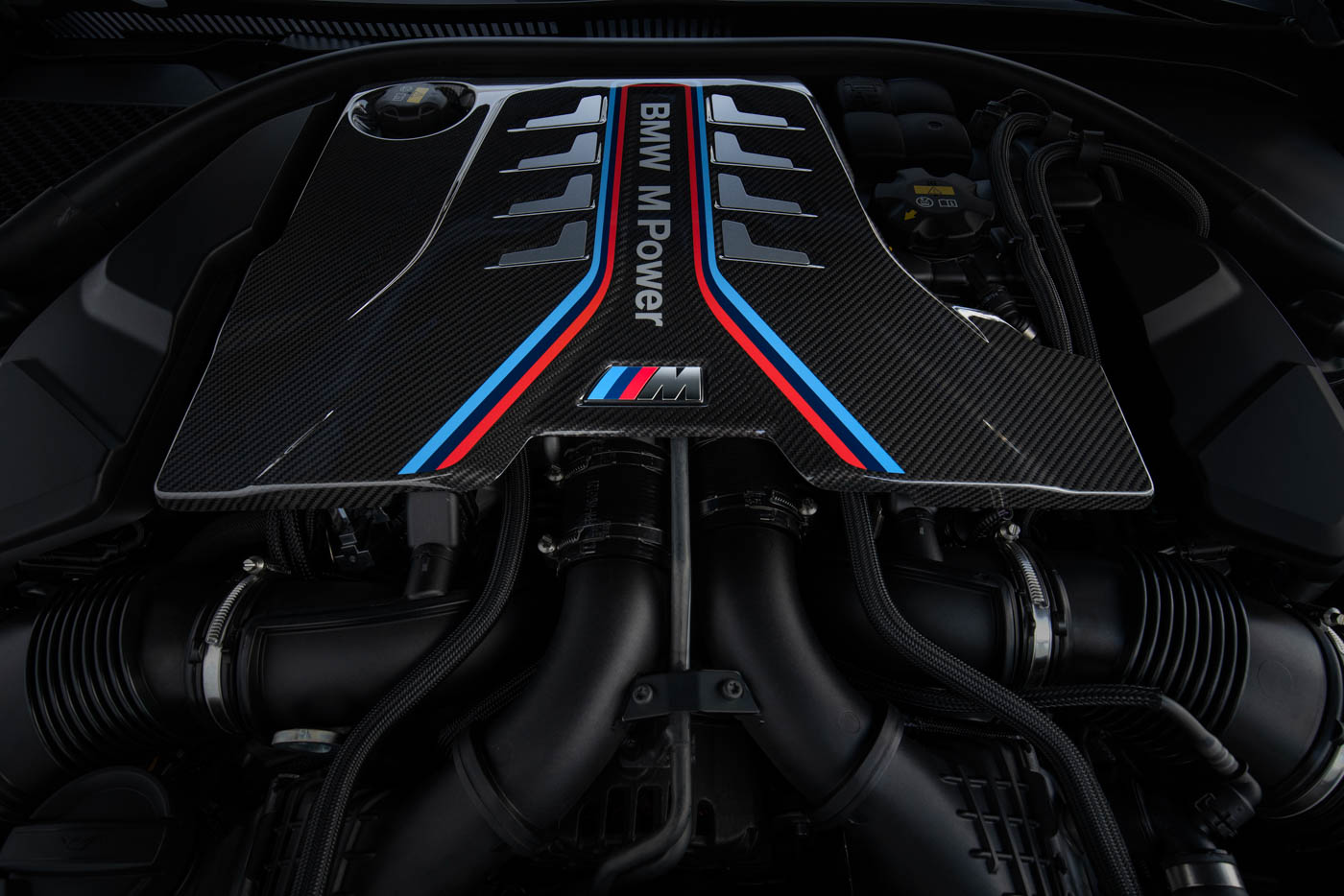 Name:  2020_BMW_M8_Competition_Coupe_European_model_shown-4.jpg Views: 20295 Size:  171.7 KB